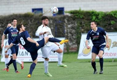 Team S.Lucia, via Puccio. Panchina a Marco Tommasoni